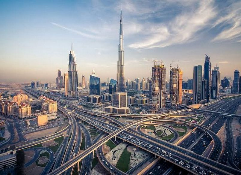 Dubai's real estate stagnation threatens city's finance center