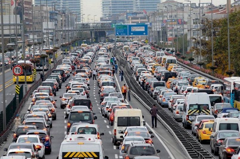 Istanbul among world's top 5 cities most impacted by traffic